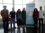 Profesores Javier Díaz y Cristian Aldea junto a estudiantes de la Universidad de Vigo