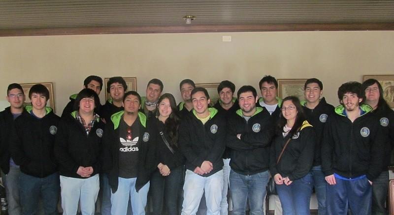 Delegación UMAG visita Ingeniería Civil Mecánica UACh