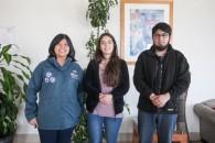 Dra. Siti Aqlima junto a los estudiantes de la UMAG Catalina ottschalk y Diego Cubillos