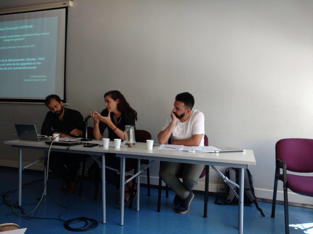 Docente e integrante de red internacional de investigación participó en coloquio en Buenos Aires