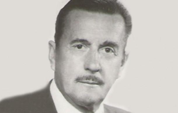 Universidad de Magallanes y Club Croata brindaron homenaje póstumo a actor Domingo Tessier