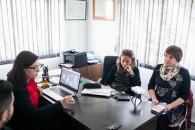 Paz Osorio de INAPI reunida con investigadores UMAG