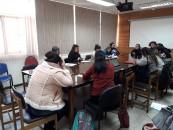 Académicos y estudiantes se reunieron en una mesa de trabajo para abordar la continuidad de la movilización.