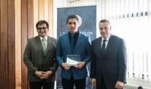Ignacio Parada Gálvez, estudiante de Ingeniería Civil Química, recibió la beca Santander cuando cursaba 4° año.